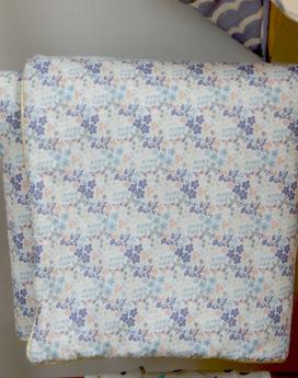 Couverture bébé tissu fleuri