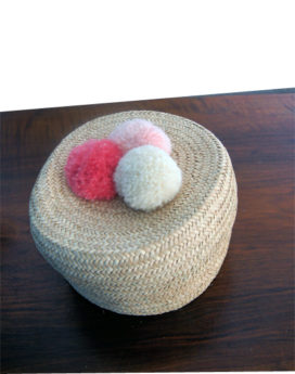 Boite ronde pompons rose