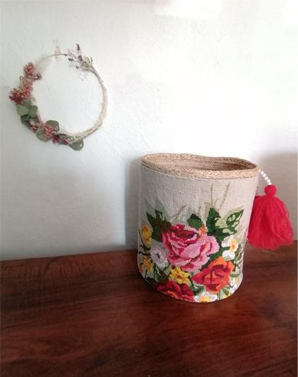 Paniere-ronde-canevas-fleur