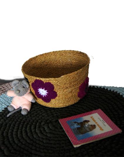 Panière fleurs crochet violet