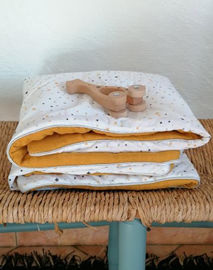 Couverture-bebe-etoiles