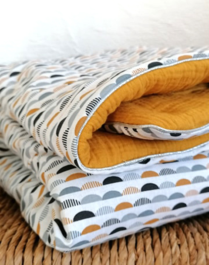 Couverture-bebe-motif-scandinaves