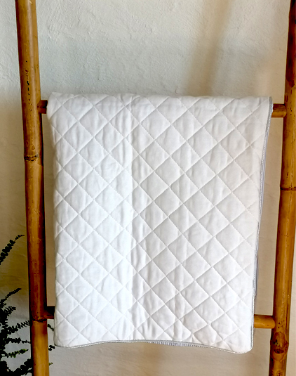 Couverture-matelasse-blanc