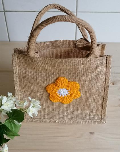 Mini-sac-fleur-crochet-jaune
