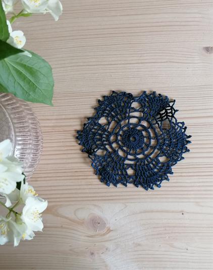 Napperon-crochet-marine