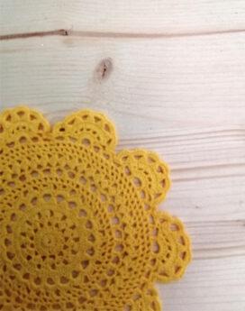 Napperon-jaune-detail